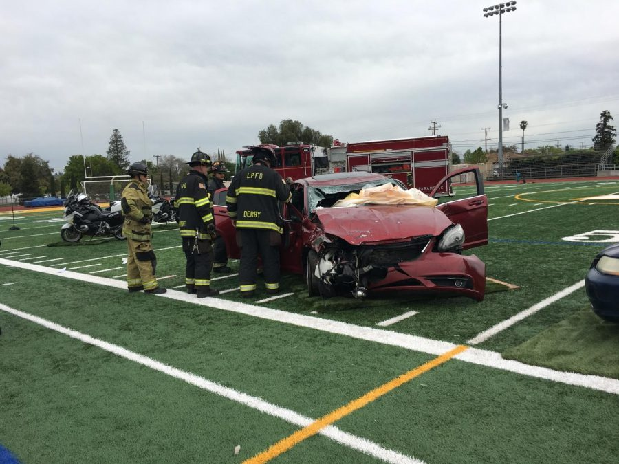 Every 15 Minutes Stages Realistic Drunk Driving Crash